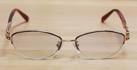 メガネの型を変える-bfore