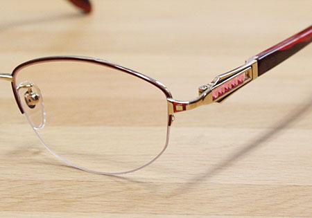メガネの型を変える