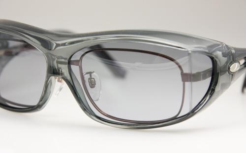 メガネの上からサングラス(オーバーグラス)